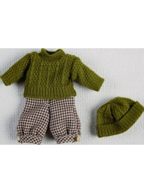 Mini Juanín green sweater and bonnet with checkered pants set