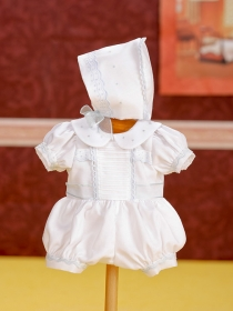 Juanín Baby romper and beguin embroidery white set