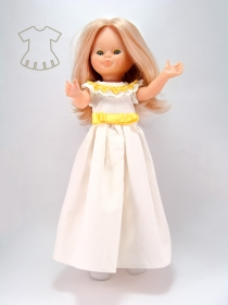 White nightgown with lace and yelow ribbon