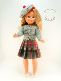 Kilt with gray knitted cardigan and bonnet suit